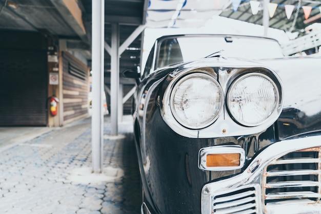 Głowa światła starego samochodu