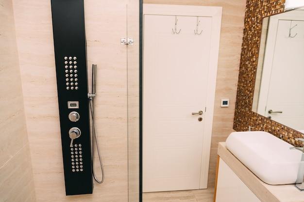 Głowica prysznicowa w łazience