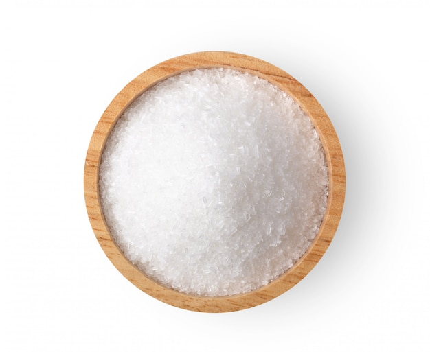 Glutaminian monosodowy w drewnianej misce
