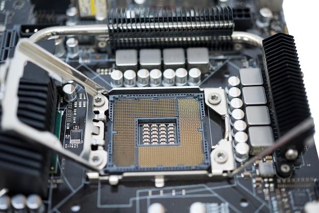 Gniazdo tecnology lga 1366 dla procesora na płycie głównej komputera z zestawem chipów