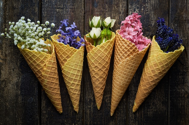 Gofry do lodów z kwiatami