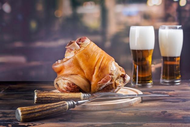 Golonka, piwo i precle