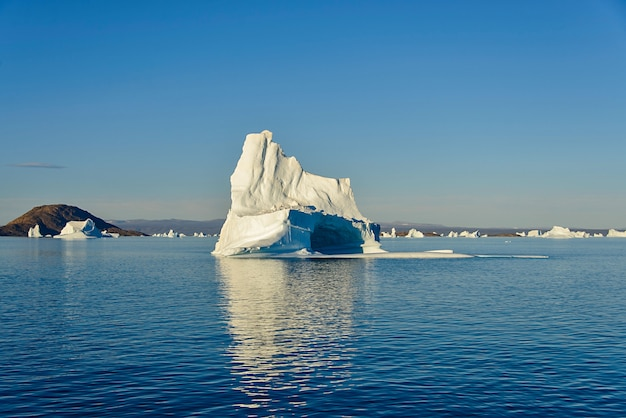 Góra lodowa na grenlandii