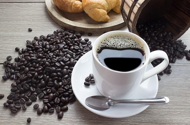 Gorąca kawa i kawa