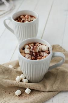 Gorące kakao z pianką