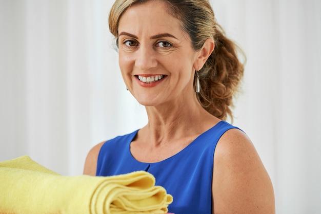 Gospodyni z ręcznikami