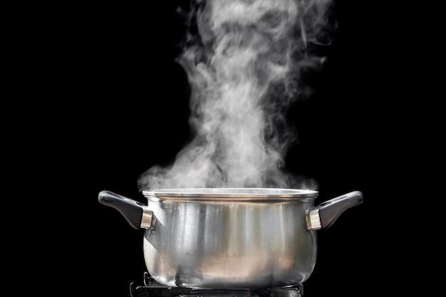 Gotować na parze nad garnkiem