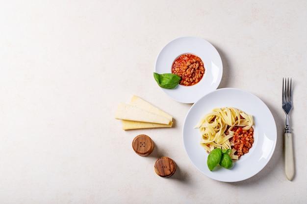 Gotowane spaghetti bolognese