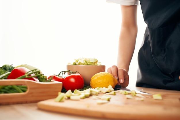 Gotowanie jedzenie kuchnia zdrowe jedzenie świeżych warzyw