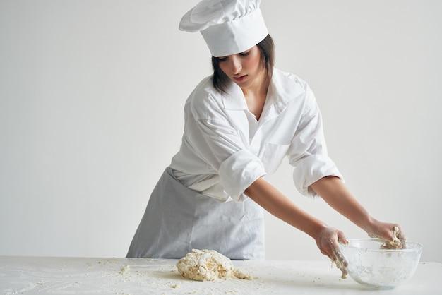 Gotuj piekarz walcowanie ciasta gotowanie ciasta!