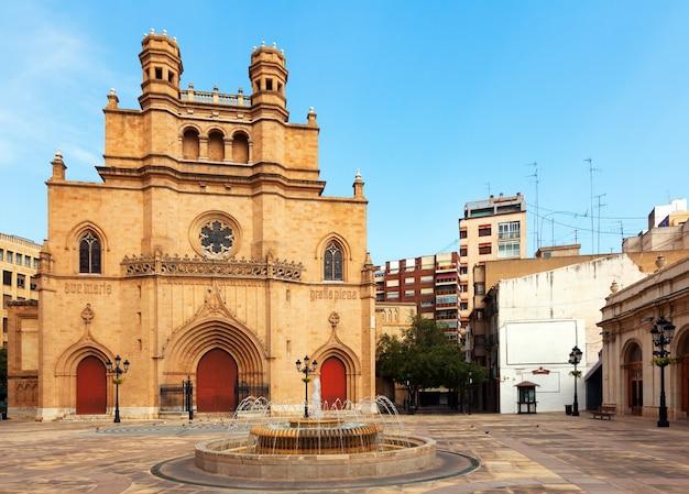 Gotycka katedra w castellón de la plana, hiszpania
