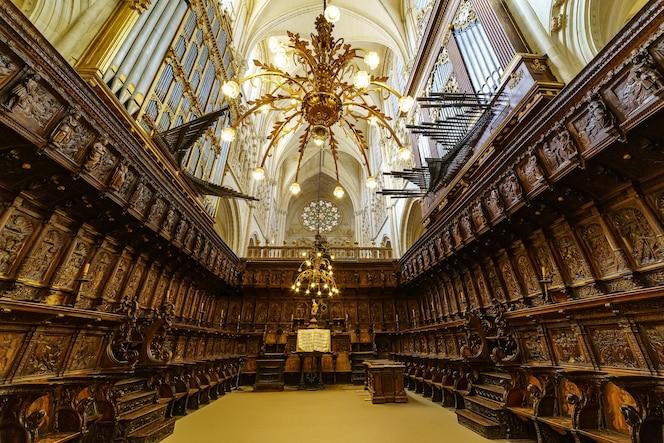 gotycki chór katedry w burgos. hiszpania. castilla leon.