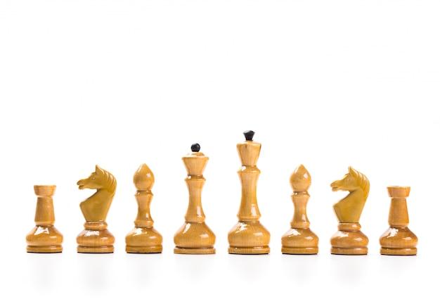 Gra w szachy lub szachy z białą powierzchnią