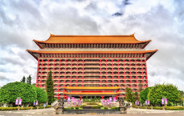 Grand hotel, chiński klasyczny budynek w dzielnicy zhongshan w tajpej na tajwanie