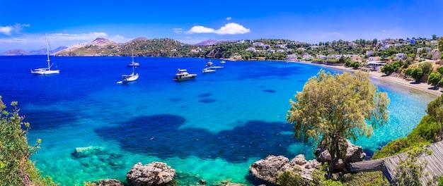 Grecja podróż, piękna wyspa leros z turkusowym morzem. dodekanez