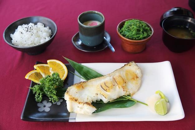 Grill czarny dorsz po japońsku