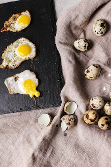 Grillowane jajka przepiórcze