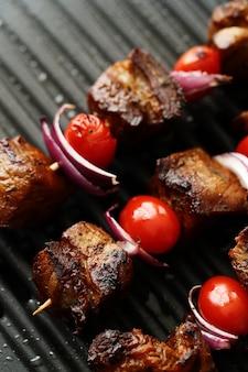 Grillowane szaszłyki wołowo-pomidorowe