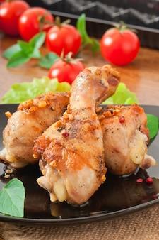 Grillowane udka z kurczaka i warzywa