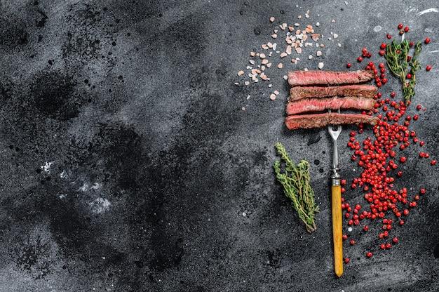 Grillowany stek z żeberka z przyprawami bbq wołowina