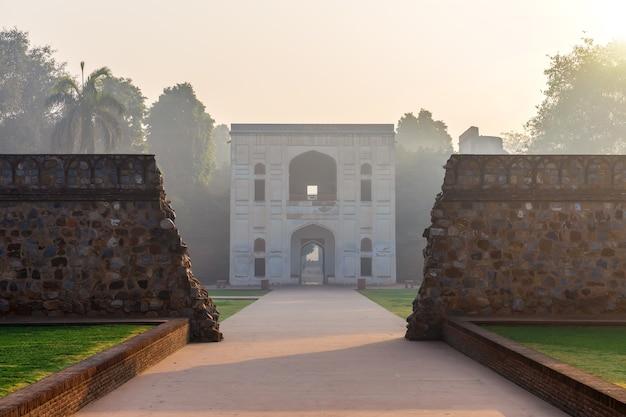 Grobowiec bu halimy w humayun s tomb compex, indie, new delhi.