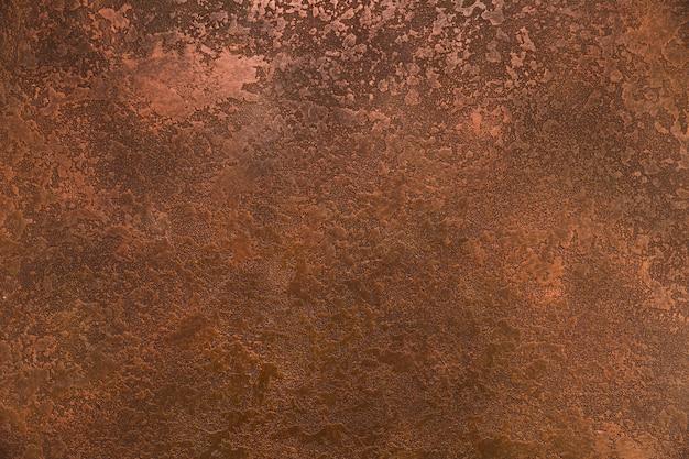 Gruboziarnisty wygląd rdzy na metalu