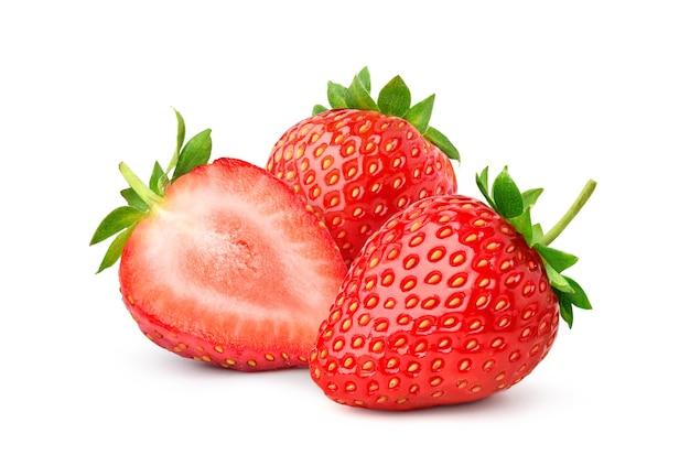 Grupa juicy strawberry z pół plasterki odizolowane