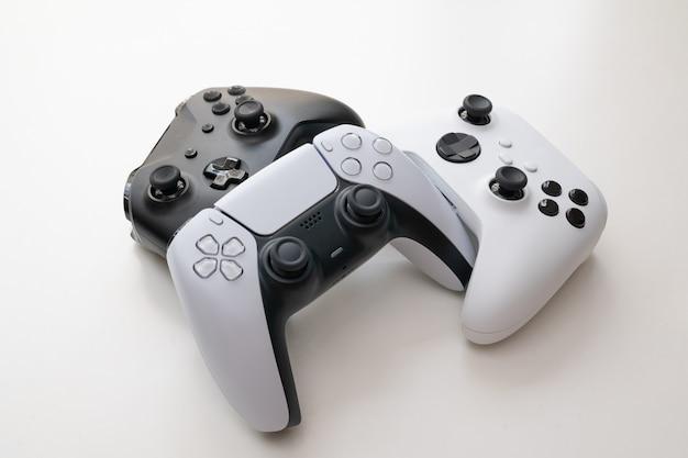 Grupa kontrolerów do gier nowej generacji