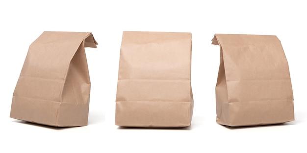Grupa lunch papierowa torba na białym tle