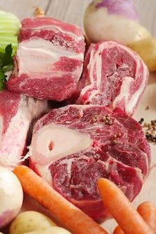 Grupa mięsa wołowego dla pot-au-feu