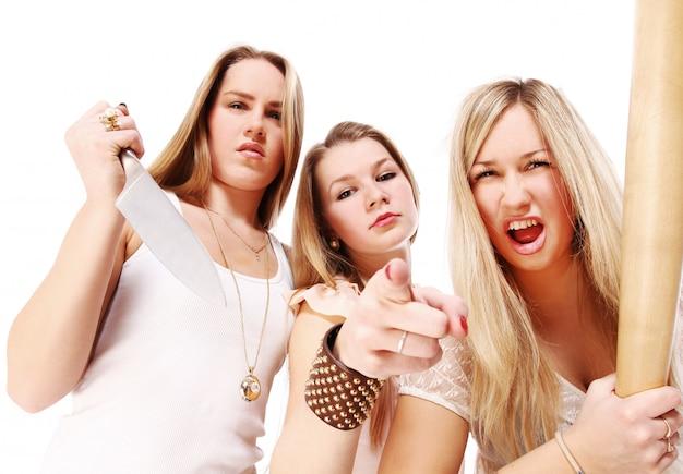 Grupa młodych dziewczyn