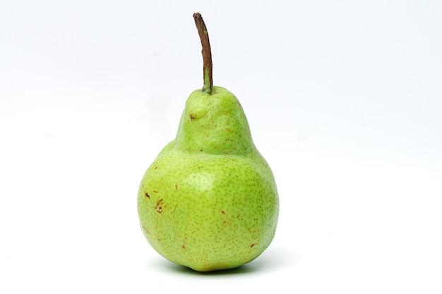 Gruszka concorde zielone świeże owoce.