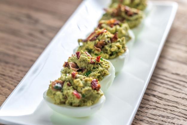 Guacamole jajka na bekonie