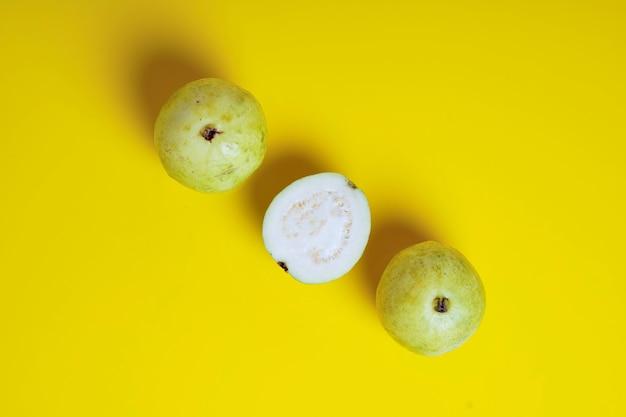 Guawa lub psidium guajava linn, owoce.