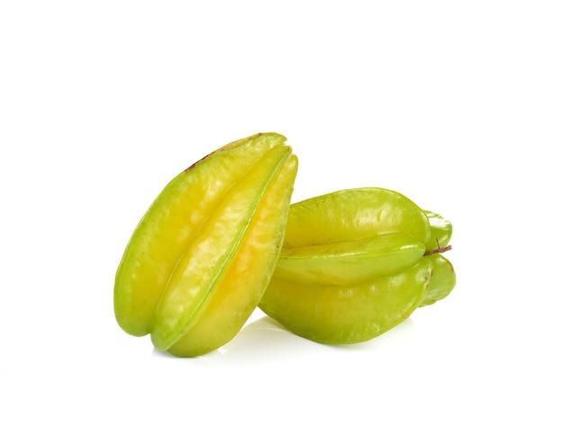 Gwiazda owoc - karambola na białym tle