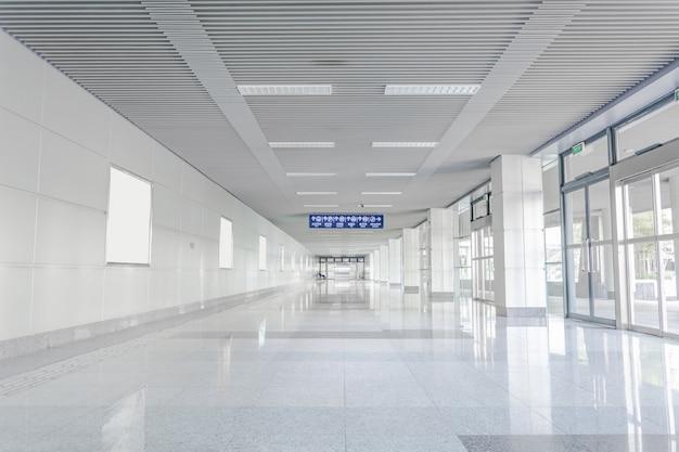 Hala o odblaskowe piętrze