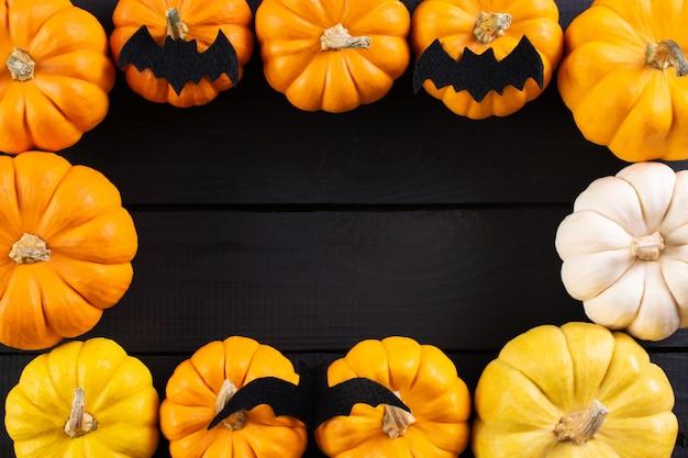 Halloweenowa ramka z dyni