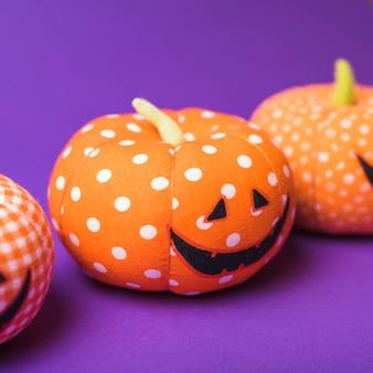 Halloweenowe pomarańczowe banie