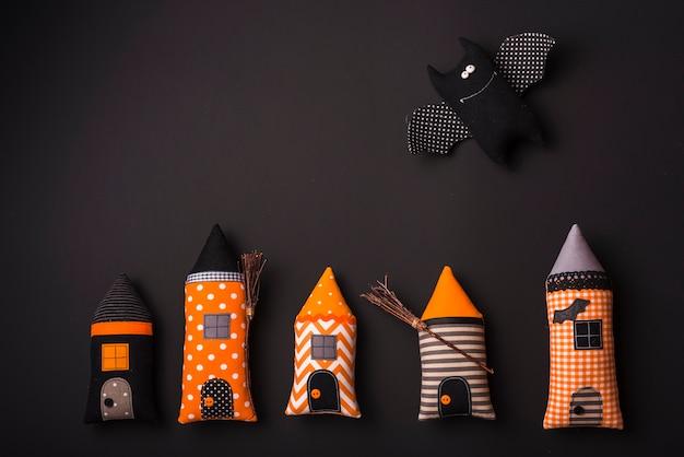 Halloweenowe puszyste zabawki
