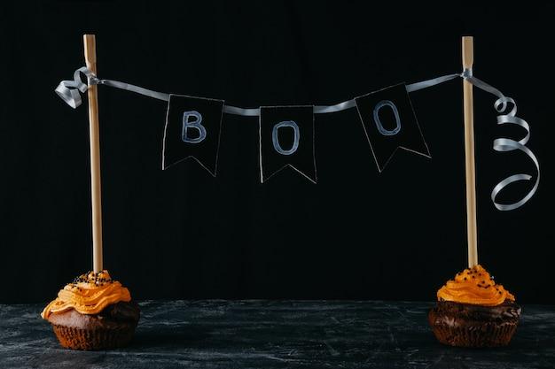 Halloweenowe słodycze, czekoladowe babeczki