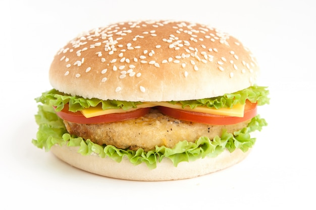 Hamburger z kotletem i warzywami