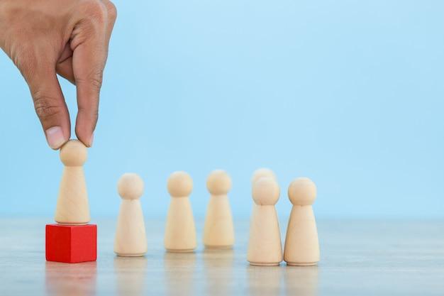 Hand business human resources, rekrutacja i talent managemen z successful business team leader concept - image.