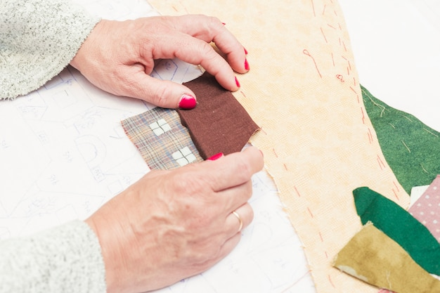 Handmade dom patchwork na papierze