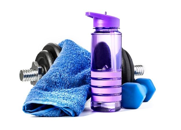 Hantle fitness i woda na białym tle