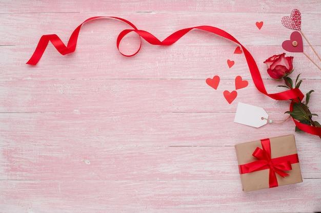 Happy valentines day celebracja miłości w stylu rustykalnym na białym tle.