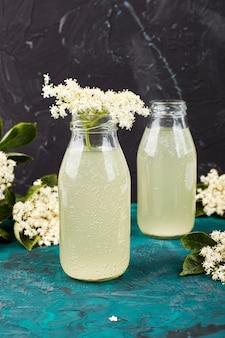 Herbata kombucha ze kwiatem bzu czarnego