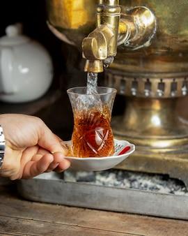 Herbata samowarowa o fioletowym aromacie