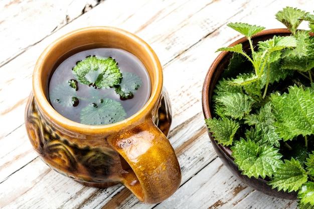Herbata z pokrzywą