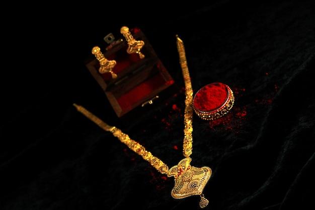 Hinduska tradycyjna biżuteria