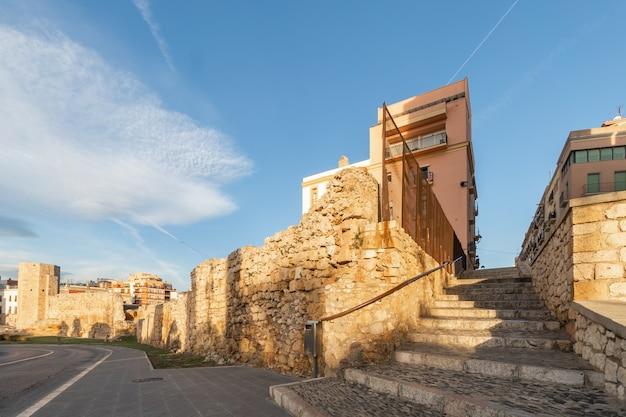 Historyczne budynki tarragona, katalonia, hiszpania